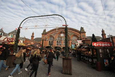 Christmas markets outside Breman HBF